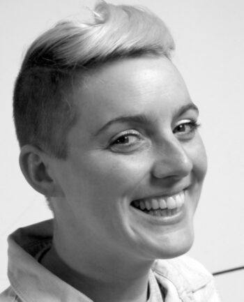 Anna Jones headshot