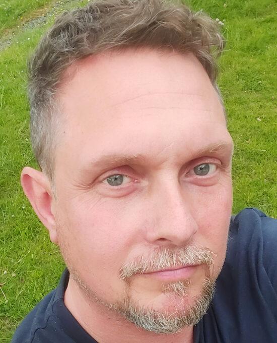 Peter Allsopp headshot